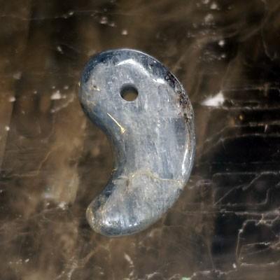 カイヤナイトのサムネイル
